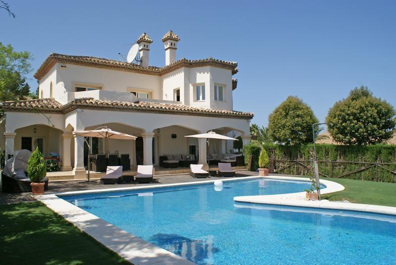 Holmes Sotogrande Villa
