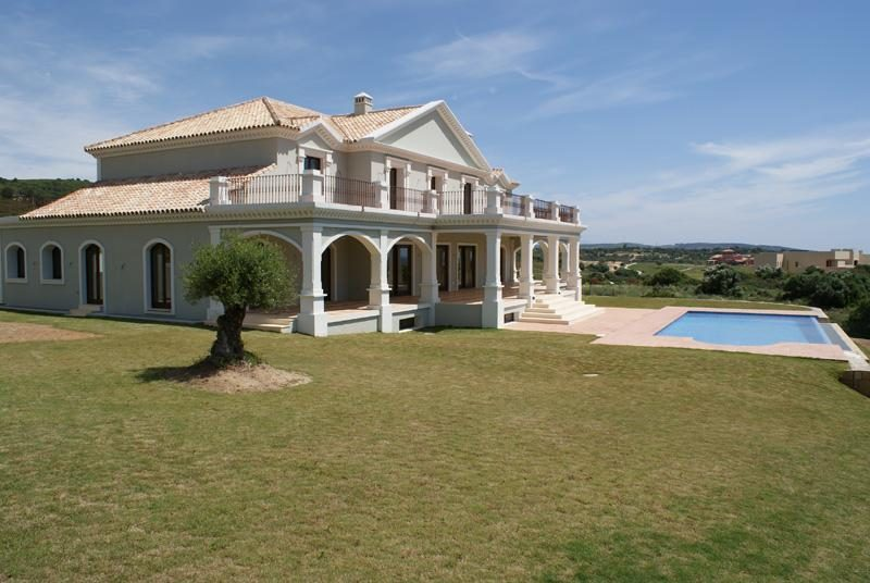 Villa with views of La Reserva Golf Course