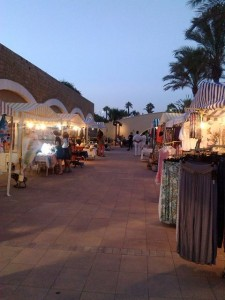 Sotogrande night market