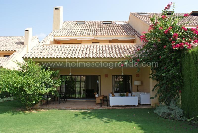 Holmes Property 5 bed villa Sotogrande