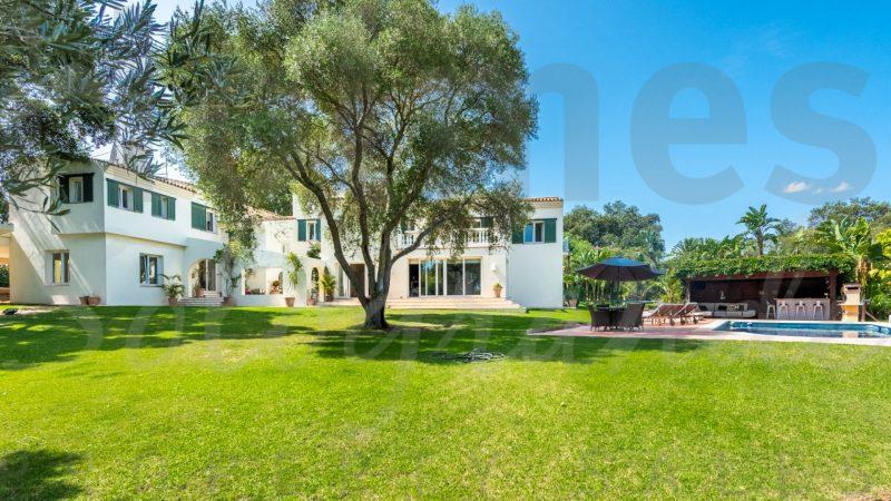 beautiful villa sotogrande costa